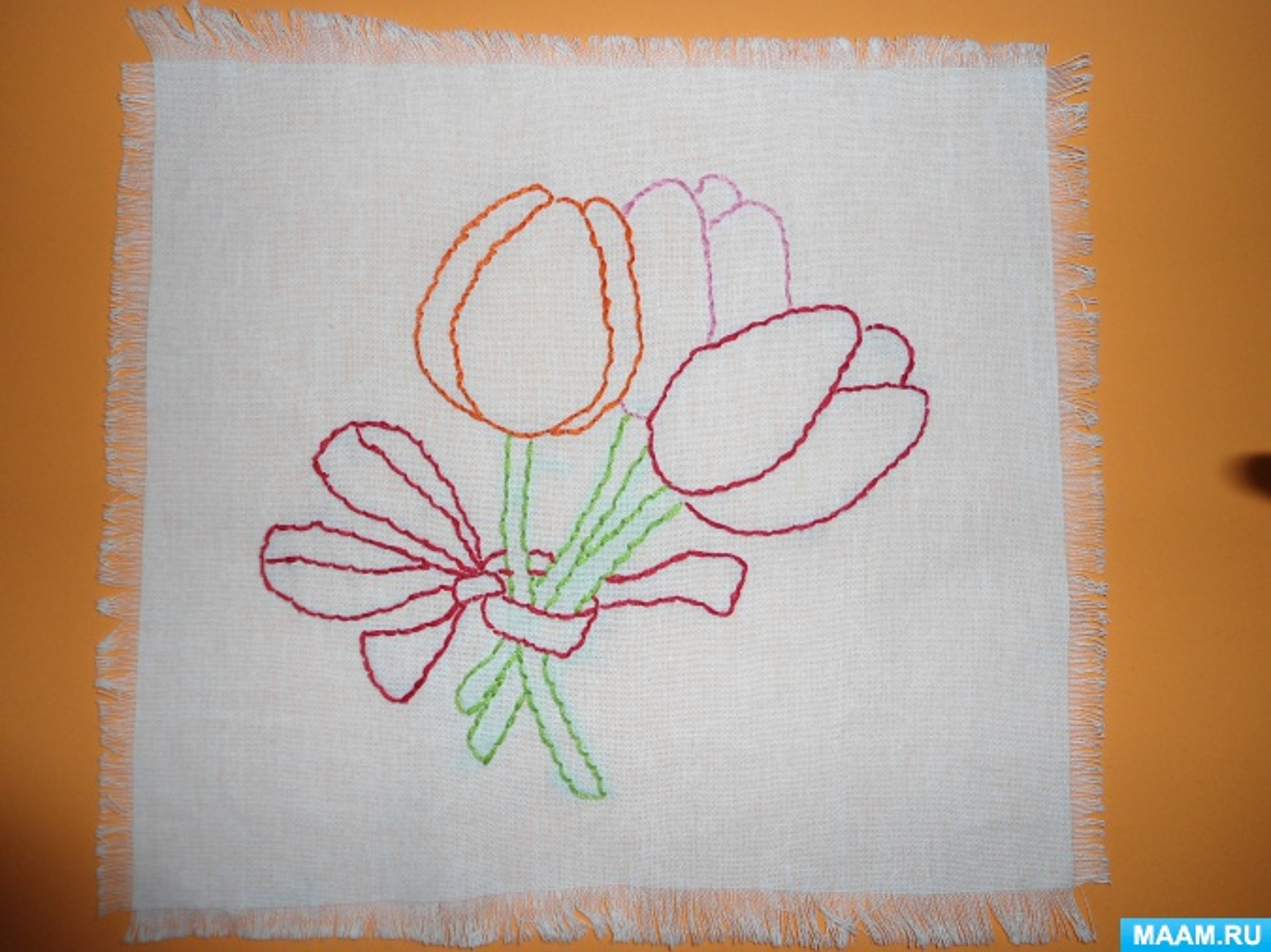 «Подарок маме на 8 Марта». Вышивание на салфетке швом «за иголку»