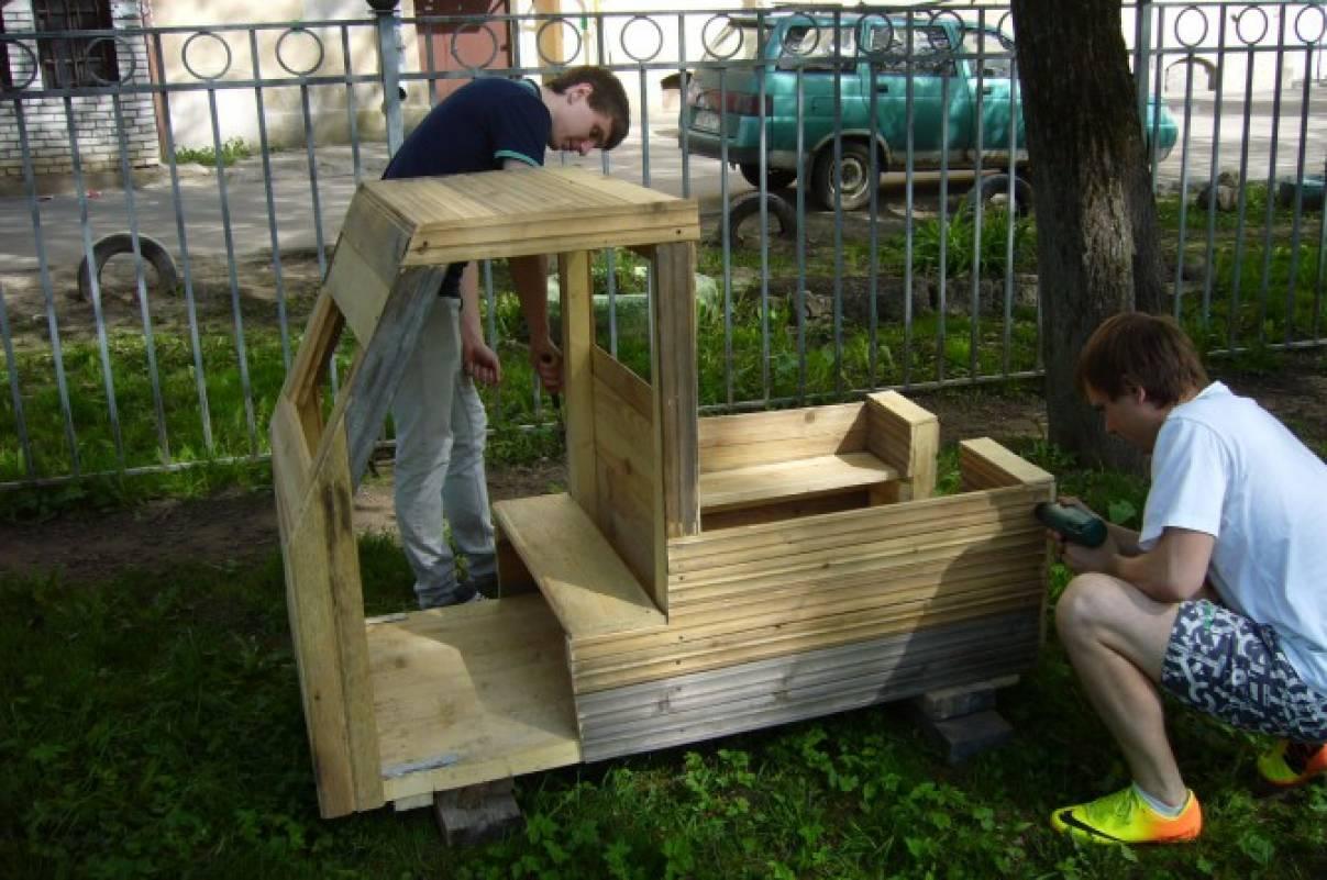 Поделки из дерева и фанеры для сада своими руками, фото 72