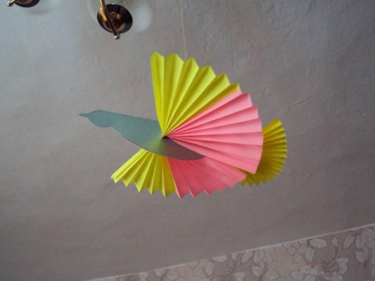 Птица из цветной бумаги своими руками