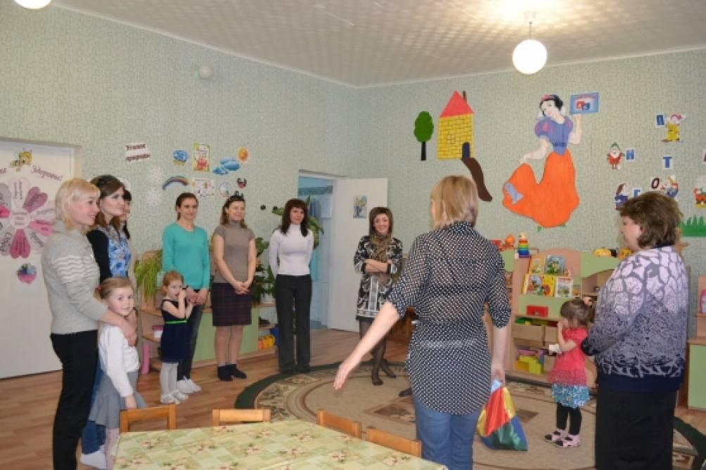 Педагогическая гостиная для родителей. Использование дидактических игр для развития ребенка