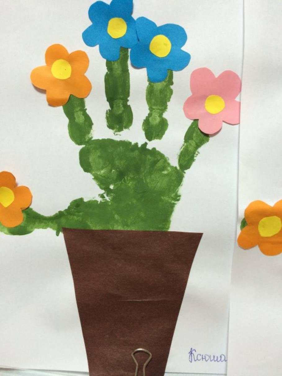 Аппликация на тему цветы вторая младшая группа