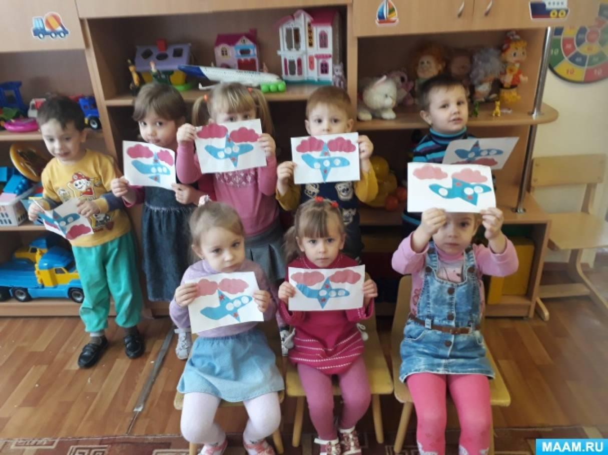 знакомство во второй младшей группы с народной игрушкой