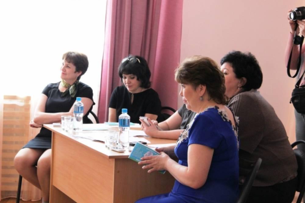 В Казани прошёл районный конкурс театральных постановок среди педагогических коллективов образовательных учреждений