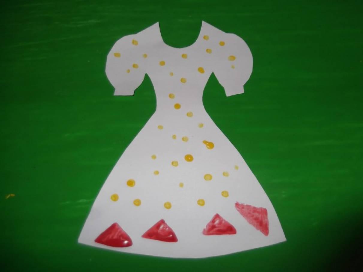 Рисование узоры на платье