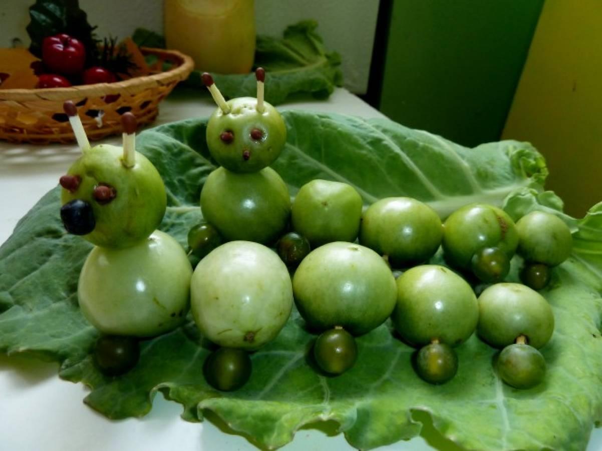Поделка из зеленых помидор
