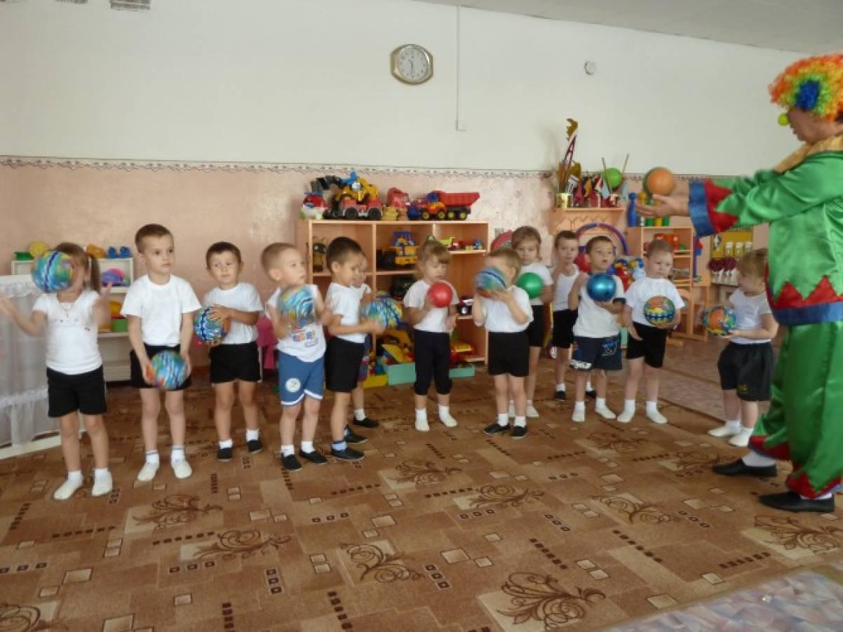 конспект спортивного развлечения во 2 младшей группе детсада