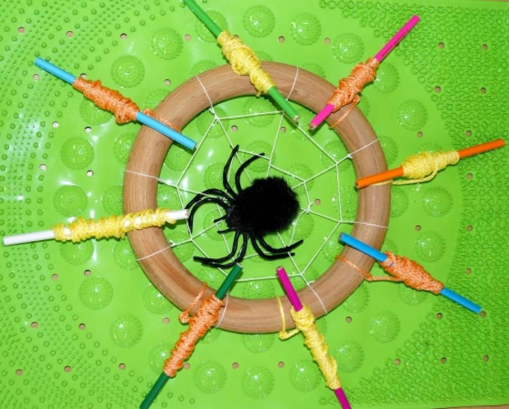 Игра-моталка «Весёлый паучок»
