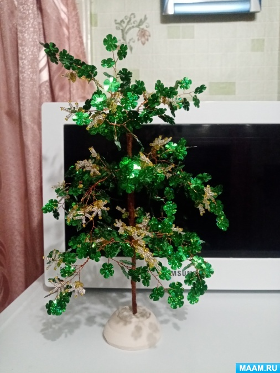 Мастер-класс. Дерево счастья из бисера и пайеток