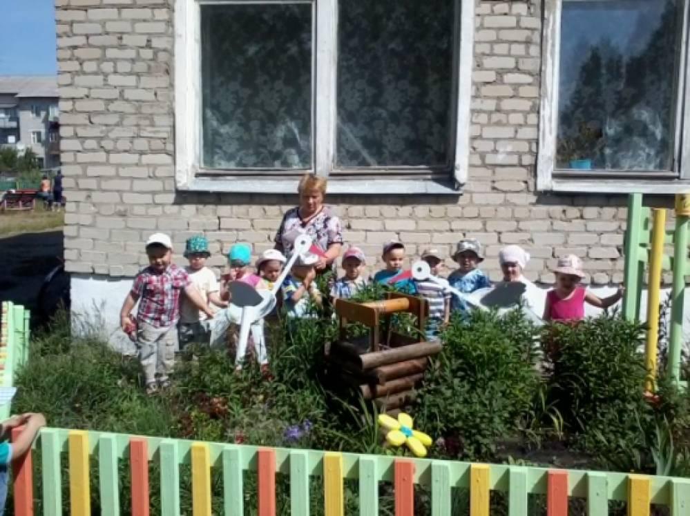 112Оформление клумб в детском саду летом фото своими руками