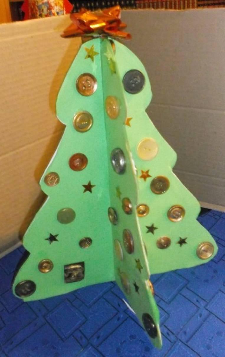 Мастер-класс: поделка из конфетной коробки «Ёлочка нарядная»