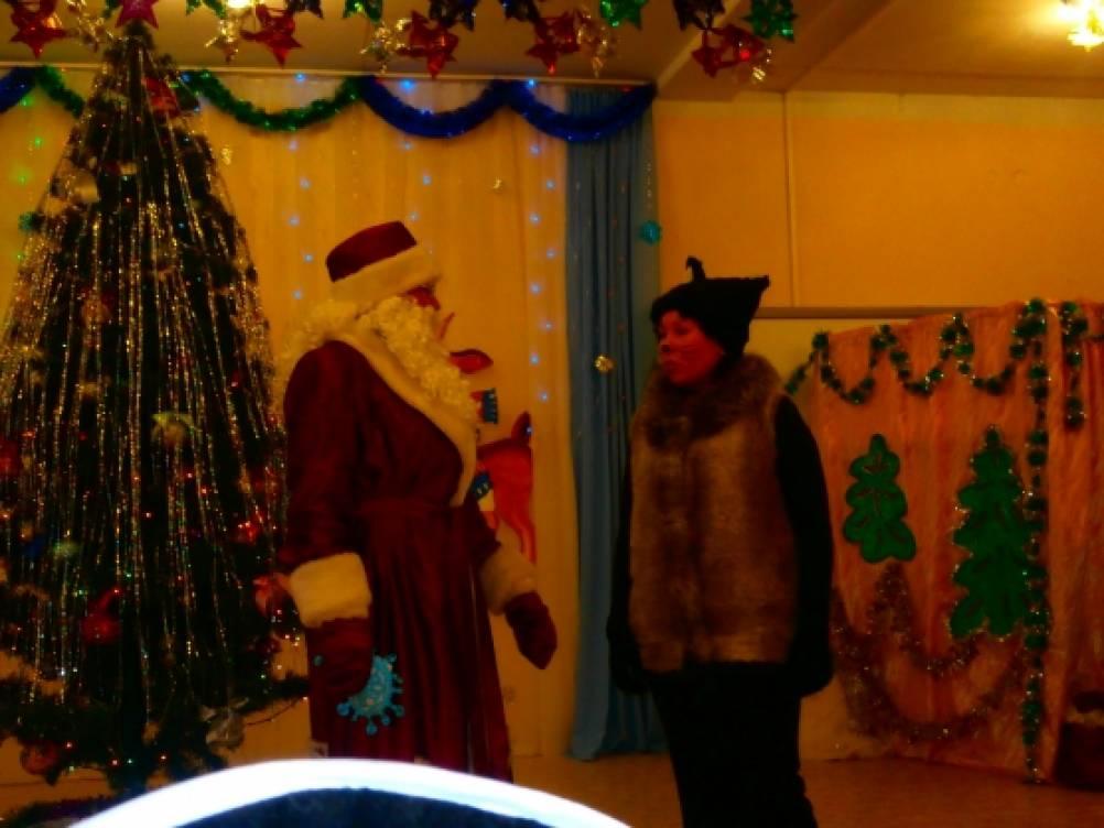 Статья и фотоотчёт о новогоднем утреннике в детском саду