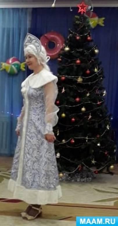 Сценарий новогоднего развлечения для детей ясельной группы «Возле ёлочки веселье»
