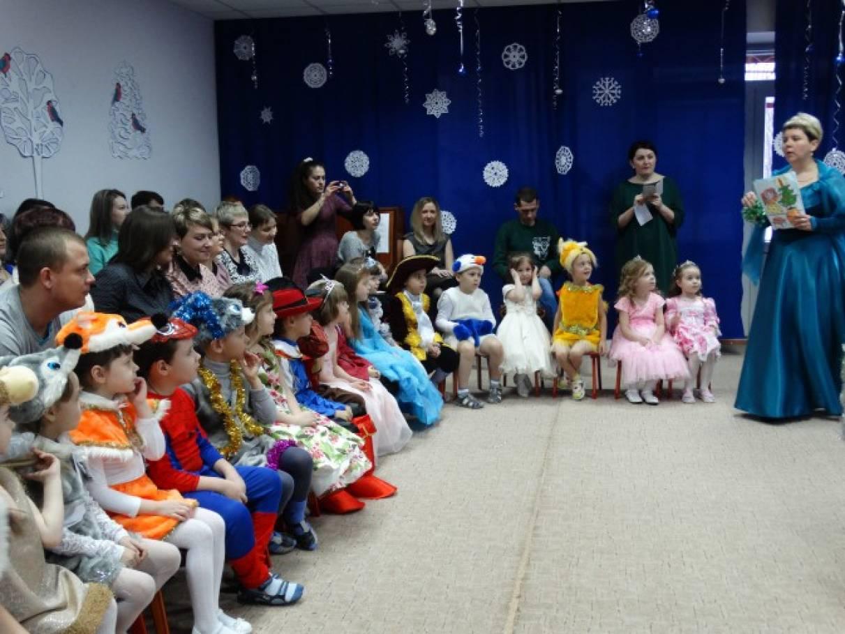 Фотоотчет праздника старшей группы «Лучики» «Здравствуй, праздник Новый год!»