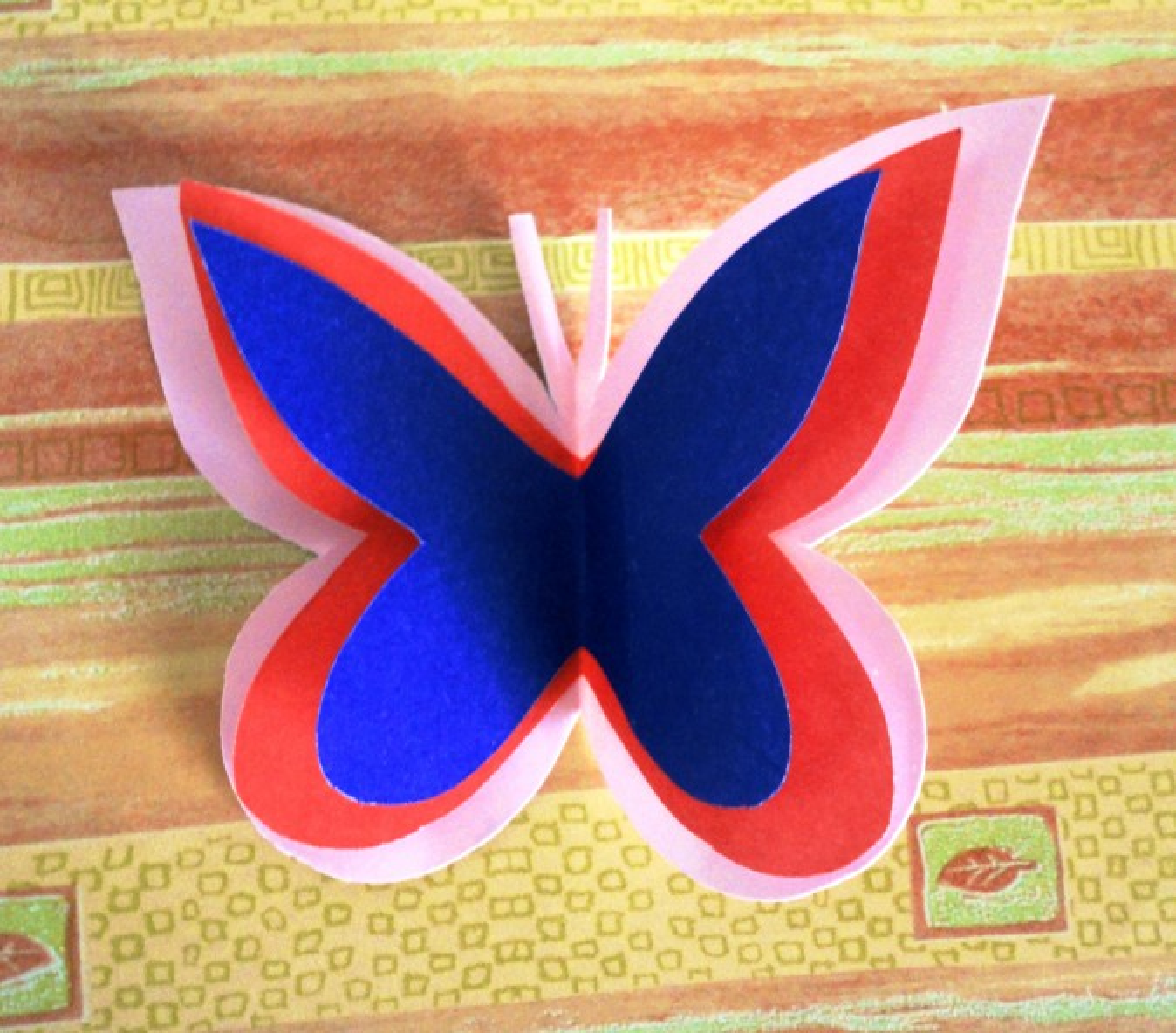Как сделать аппликацию из бабочек 536