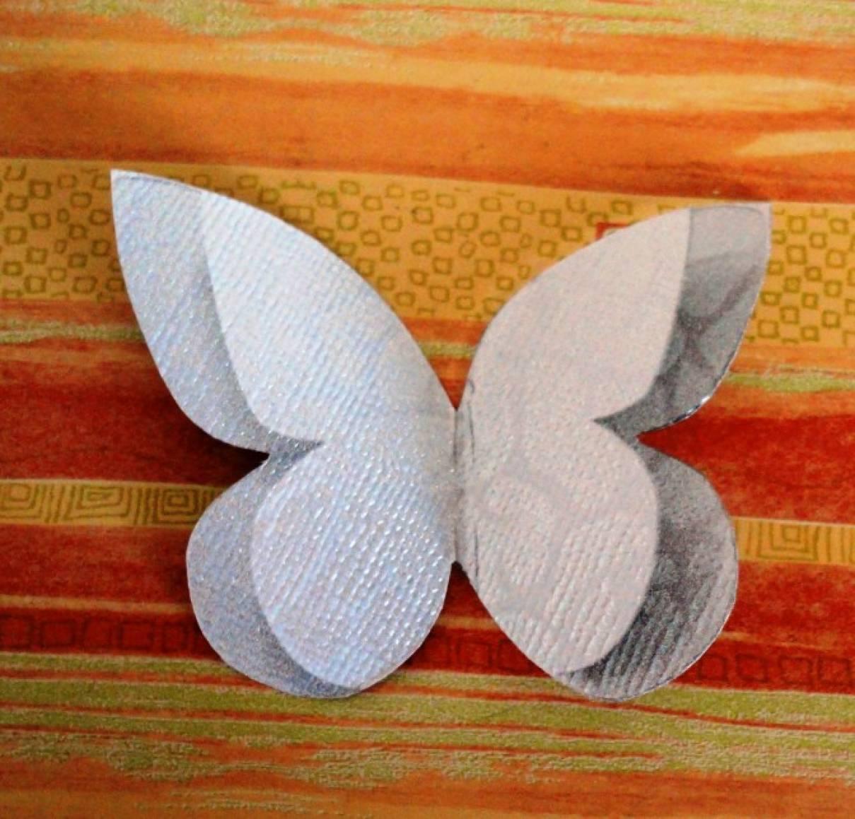 Объемная бабочка из бумаги своими руками 17
