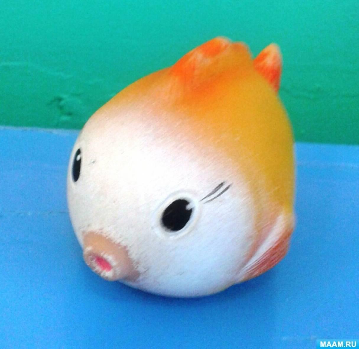 Фотоотчет о НОД по рисованию красками «Рыбки плавают в водичке»