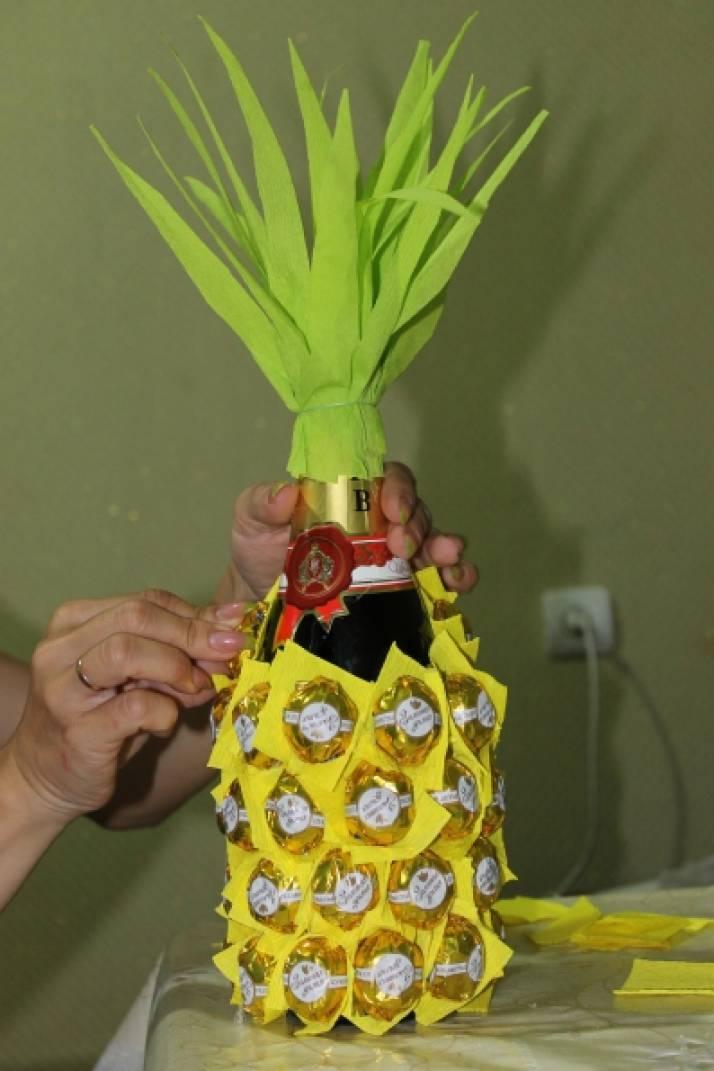 Листья для ананаса из гофрированной бумаги своими руками