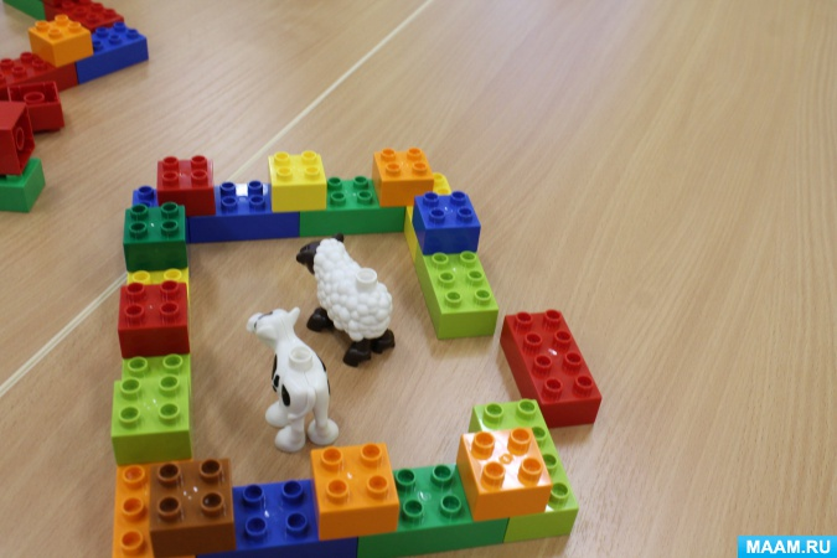 знакомство с лего в детском саду