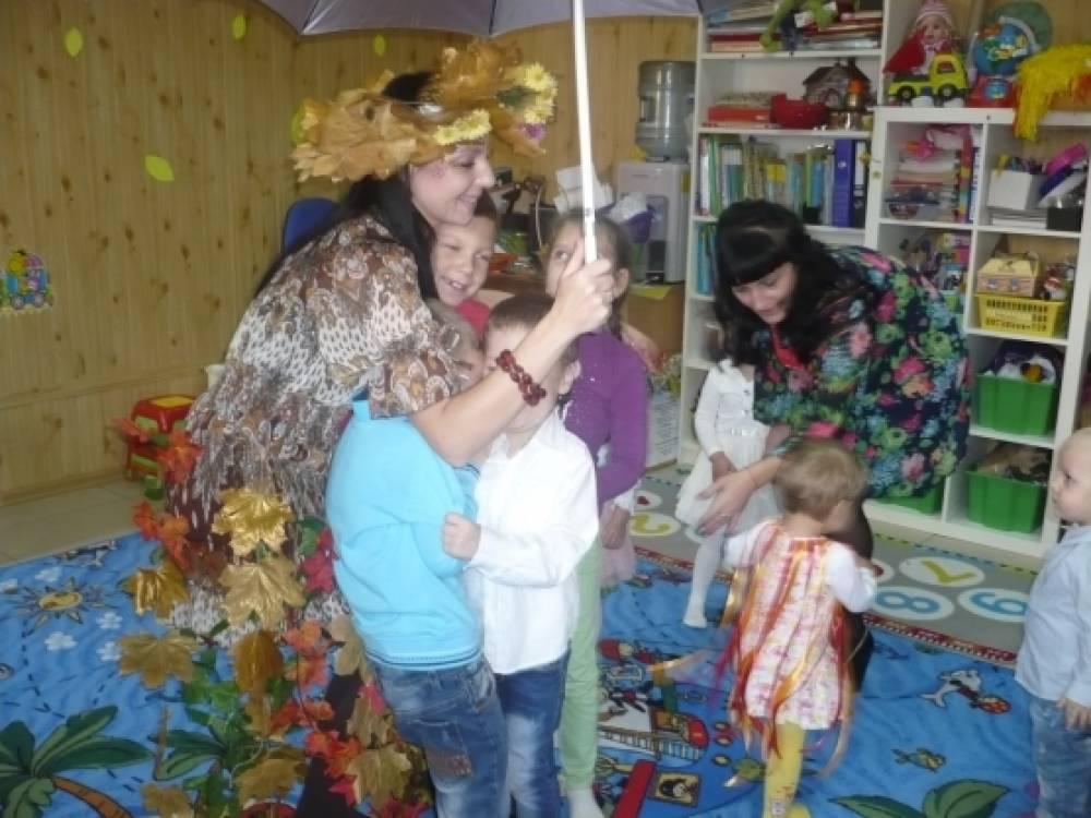 Праздник «Сказочная осень» в детском клубе