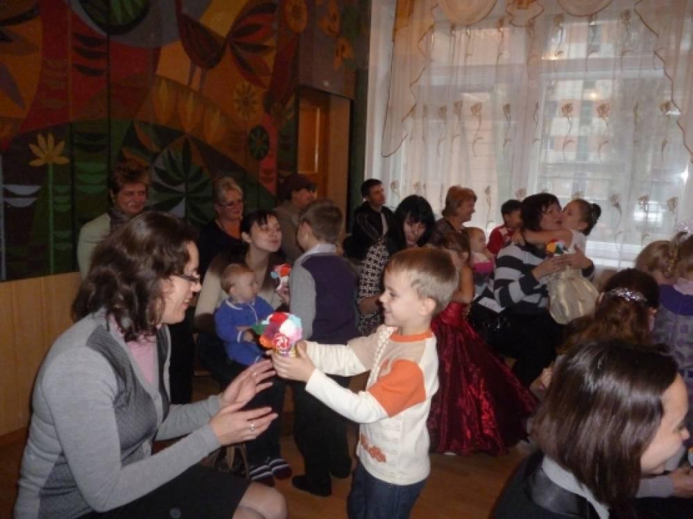 Развитие взаимоотношений детей и