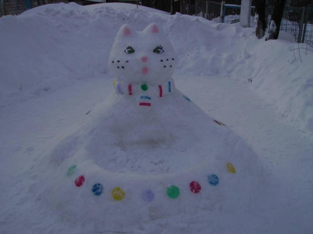 Трейлер к фильму сквозь снег на русском