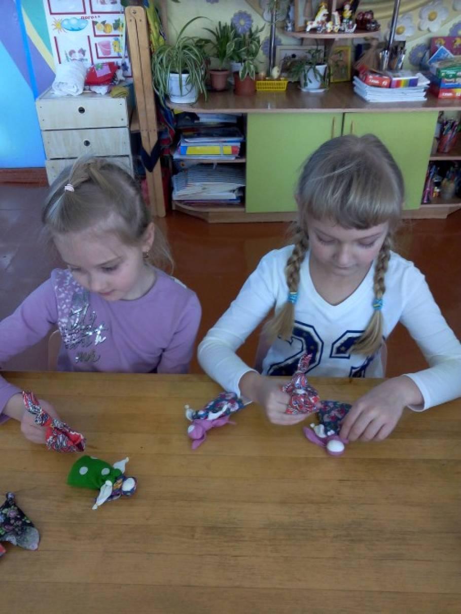 Знакомства детей с народной игрушкой sex знакомства красноярск