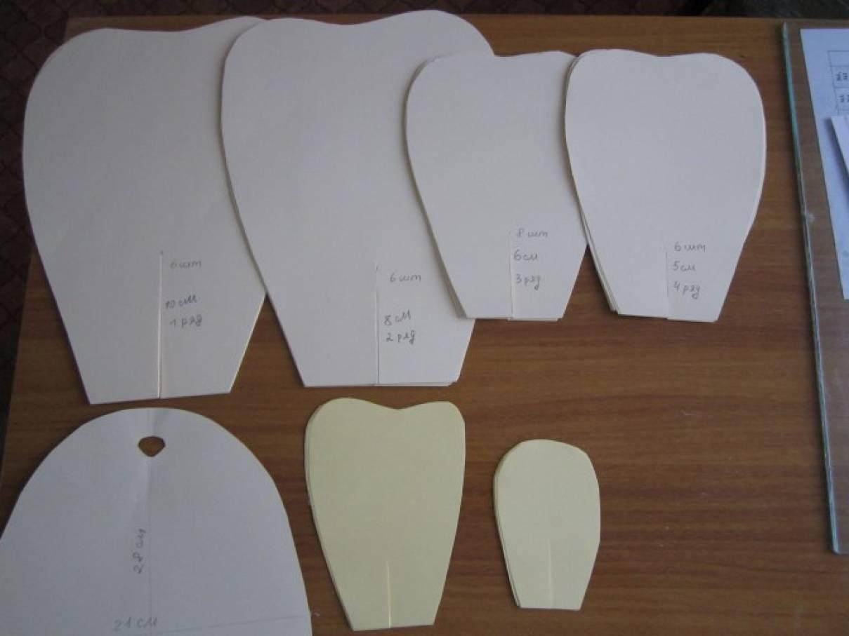 Шаблоны для больших цветов из бумаги для украшения зала
