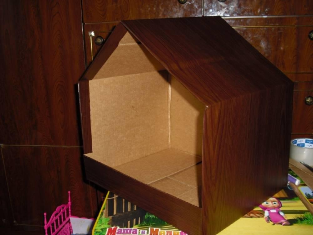 Как сделать избушку из коробок