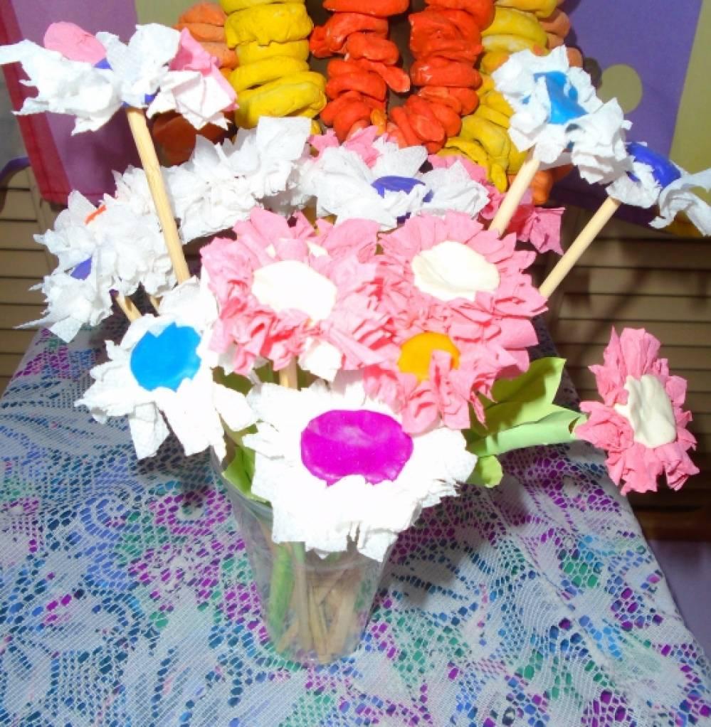 Стихи к подарку цветы - Поздравок