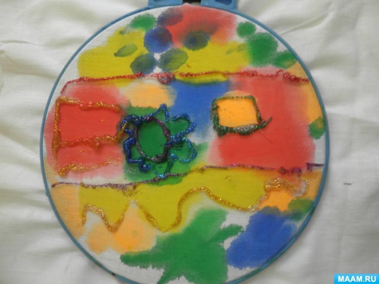 Конспект занятия по изобразительной деятельности для детей подготовительной группы. Рисование по ткани «Волшебные цветы»
