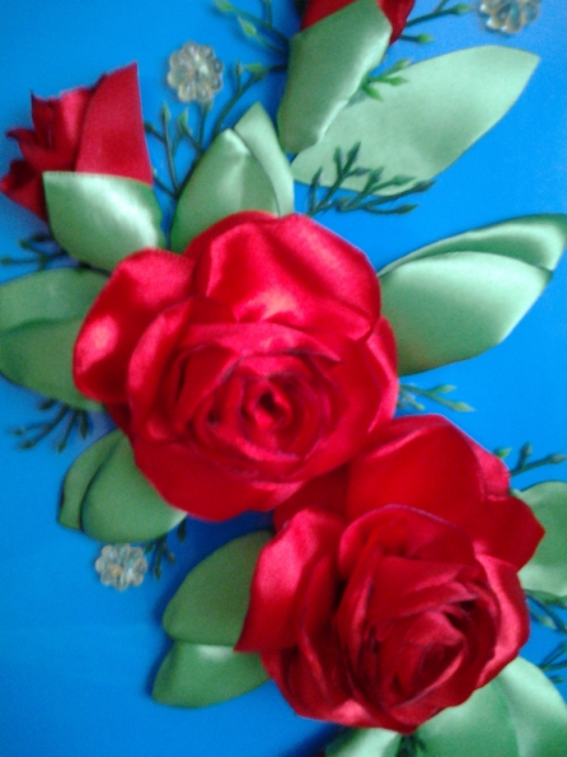 Розы из атласных лент. Мастер-класс.