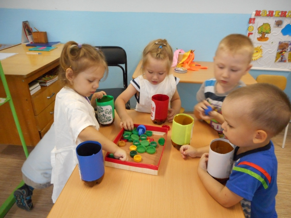знакомство детей с основными цветами