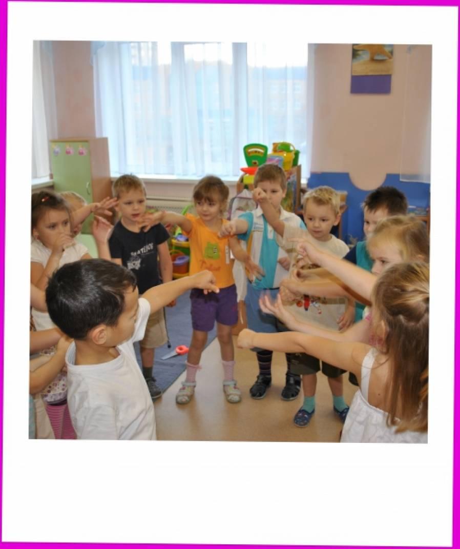 знакомство с русскими народными игрушками во второй младшей группе