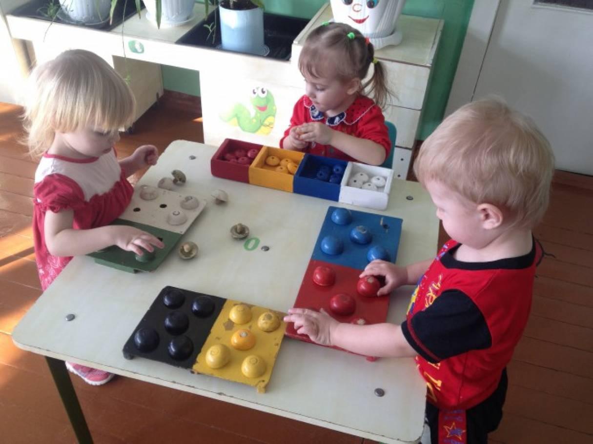 Сенсорные игры в картинках в детском саду