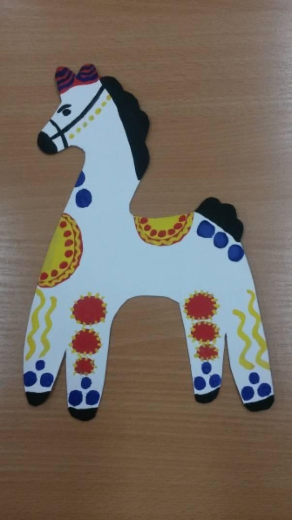 Конспект занятия по рисованию «Дымковская лошадка» в старшей группе