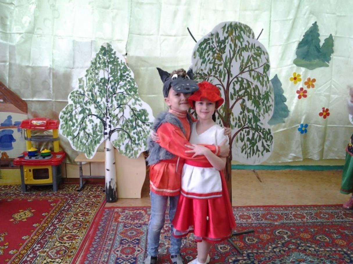 Сценка поздравление от красной шапочки с днем рождения 21