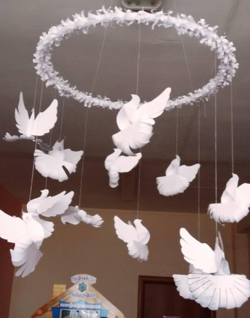 «И взмыли в небеса белые голуби…». Модуль для украшения группы в майские праздники.