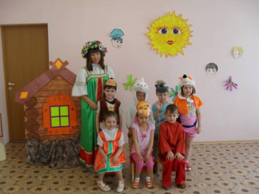 """Сценарий спектакля """"Колобок"""" (младшая группа). Воспитателям детских садов, школьным учителям и педагогам - Маам.ру"""