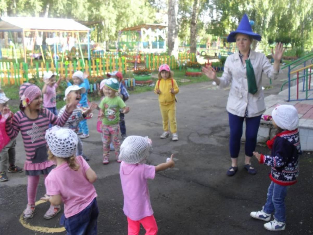 Сценарий развлечения для первой младшей группы «Карандашкин в гостях у ребят»