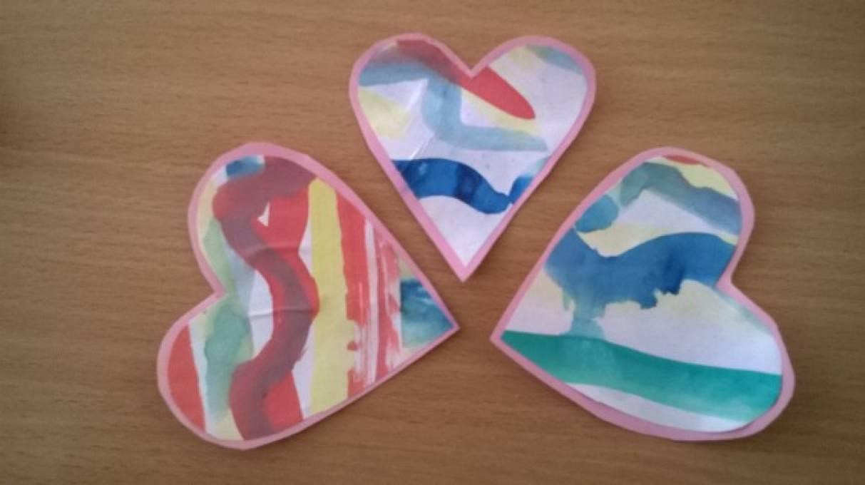Детский мастер-класс «Полосатое сердечко из бумаги»