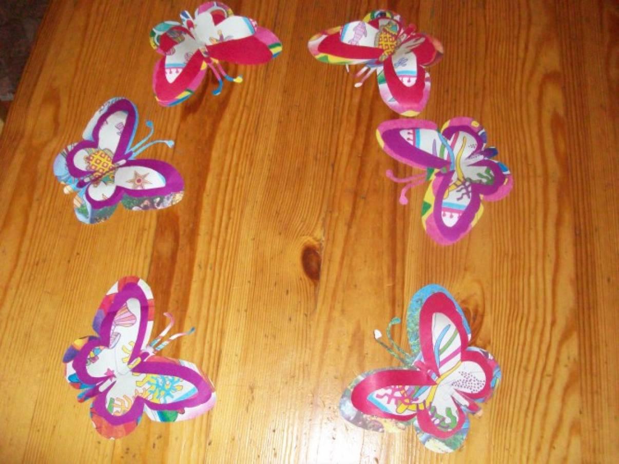 Бабочки на двери своими руками