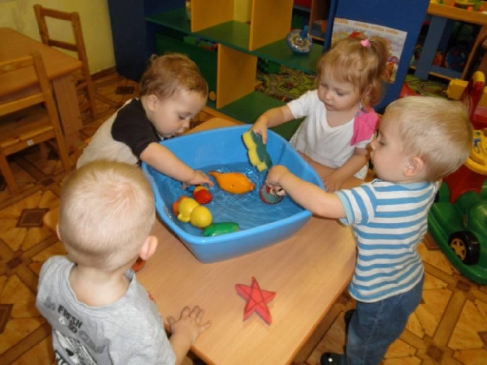 как познакомить детей с предметами мебели
