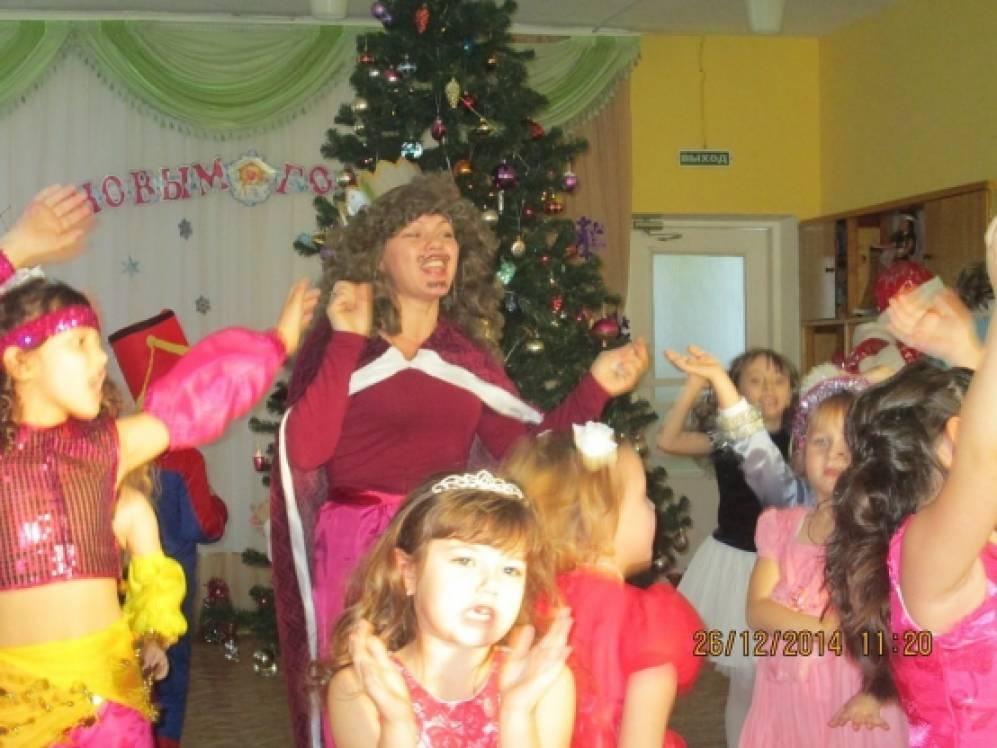 «Новогоднее приключение Золушки». Театрализованный праздник
