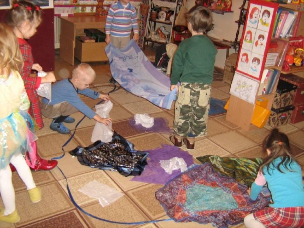 Совместная деятельность с детьми среднего дошкольного возраста (4–5 лет) «Мягкое море».