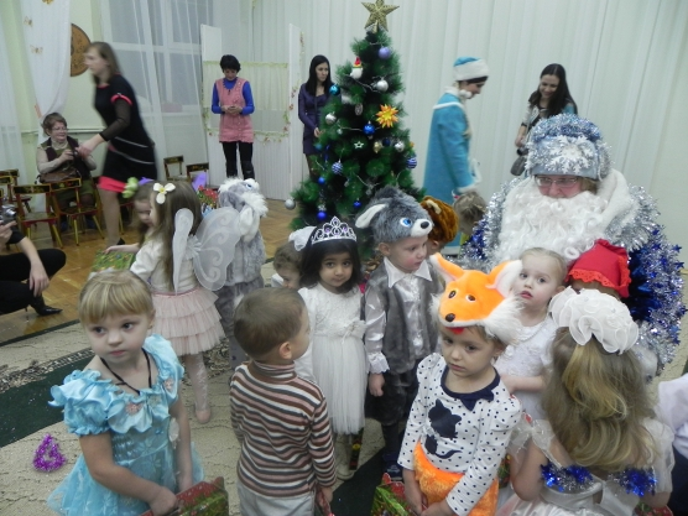 Новогодние развлечение для детей и родителей «Зимняя сказка»
