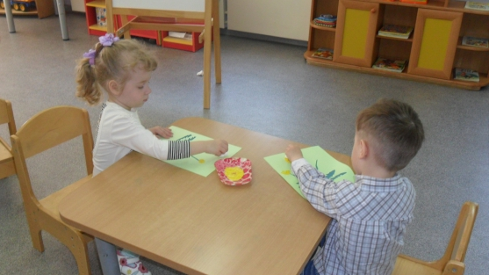 Одуванчики рисовать с детьми