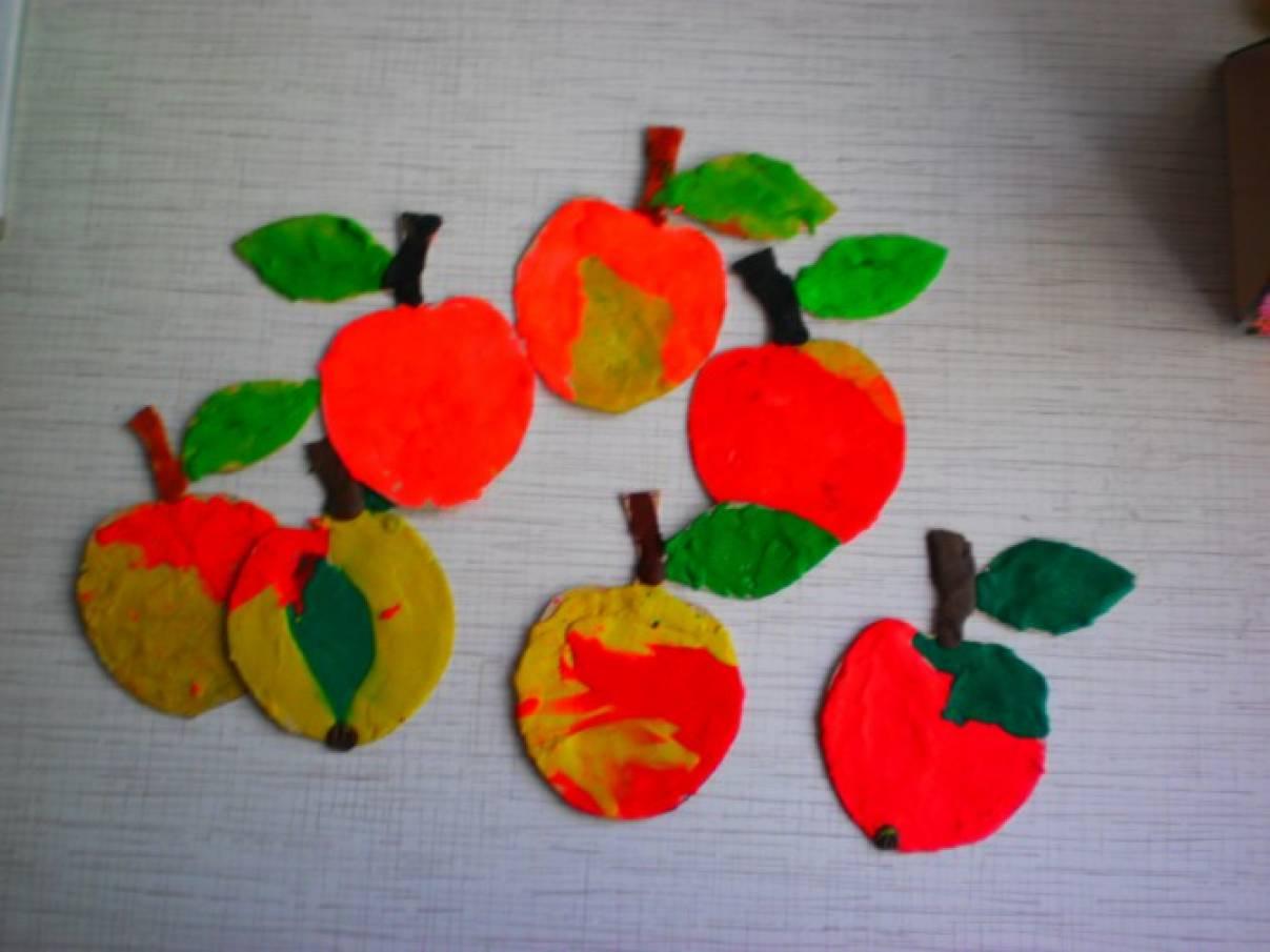 Поделки связанные с яблоками 22
