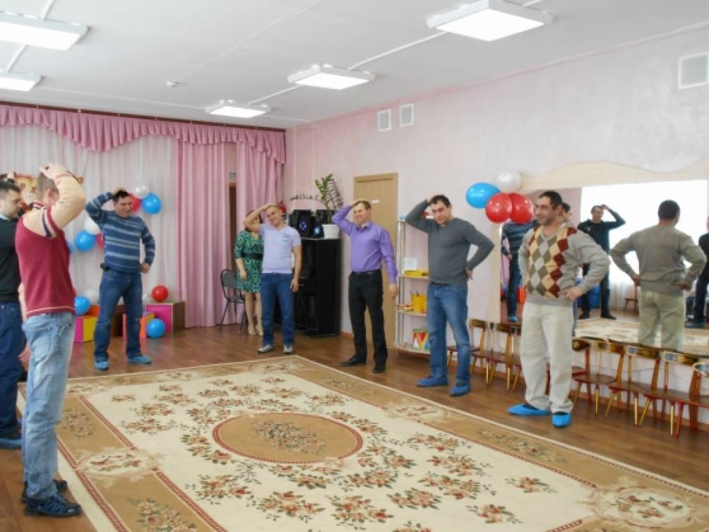 Фотоотчет с праздника «День защитников Отечества» в старшей группе