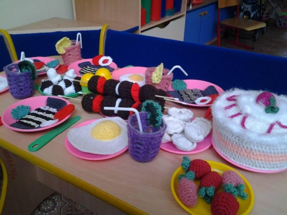 Атрибуты к сюжетно-ролевым играм магазин в детском саду своими руками
