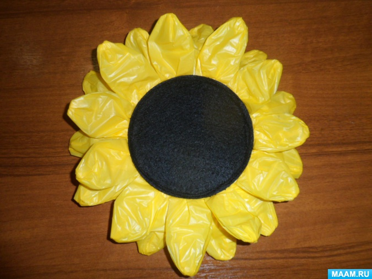 Большие цветы своими руками из подручных материалов 85